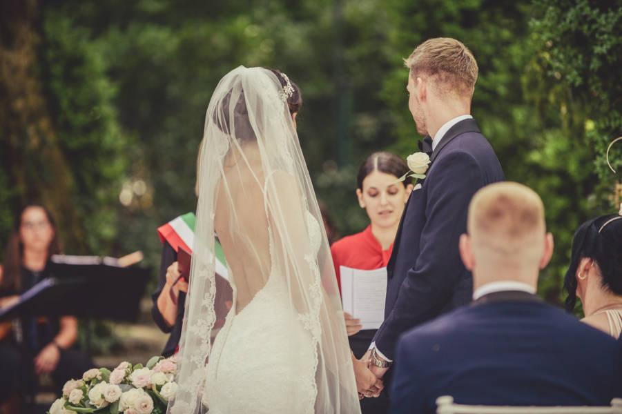 Celebrante Matrimonio Simbolico Varese : Celebrante matrimonio simbolico noemi wedding